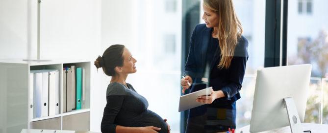 Parlare con il datore di lavoro del congedo di maternità surrogato